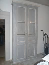 vaisselier mural ancien bibliothèque vaisselier vitrine peint et patiné tons gris et