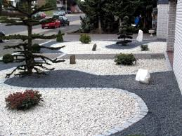 front garden design with gravel u2013 you want to give a striking