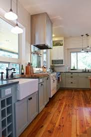 farmhouse floors elements to utilize when creating a farmhouse kitchen