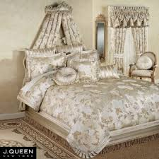 J Crew Bedding Bedroom Guiliana Medallion Comforter J Queen New York Bedding