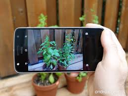 7 Essential Tips For New Smartphone Owners by This Is The Hasselblad True Zoom The Essential Camera Add On For