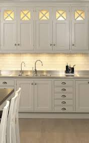 kitchen cabinet lighting solutions