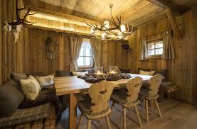 Wohnzimmer Nat Lich Einrichten Jagdhaus Tirol Home Interior Mils Tirol Home In Dickschied