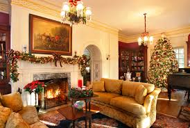 brandywine valley and philadelphia holiday events dining room mantle at hamanassett