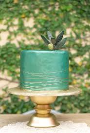 Wedding Cake Green Trends We Love Metallic Wedding Cakes