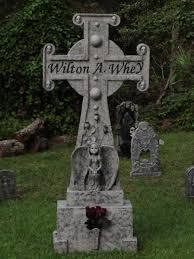 halloween tombstone spyderwood pinterest halloween