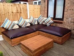 fabriquer canapé d angle en palette meuble en palette et alternatives 25 nouvelles idées jardin et