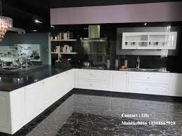 china 2015 new material wooden grain uv mdf kitchen cabinet door