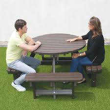 round plastic picnic table recycled plastic picnic tables benches the nobutts bin company
