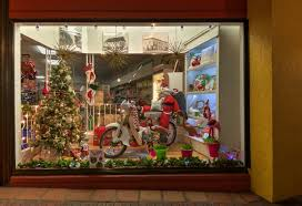 Window Decorating Contest For Christmas by Window Decorating Contest Winners Announced Downtown Delray Beach
