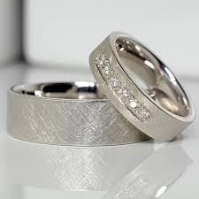 verighete din platina din aur sau platina cu diamante v131