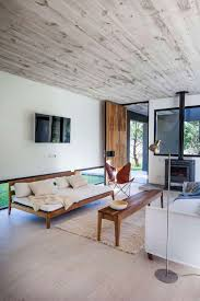 modern beach house by estudio pka homeadore