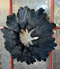 Easy Halloween Wreath by Jennuine By Rook No 17 Easy Elegant Raven Wreath