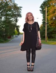 pink fix styling a tunic dress with vegan leather leggings and