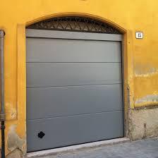portoni sezionali caselli serramenti portoni sezionali persus