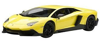 lamborghini aventador lp720 4 autoart 74681 1 18 lamborghini aventador lp720 4 yellow 50th