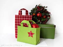 cloth gift bags fabric gift bag pattern for christmas applegreen cottage