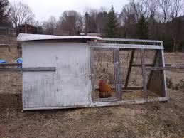 Backyard Chickens Magazine Tractor Coops Vs Permanent Coops The Basics Backyard Chickens