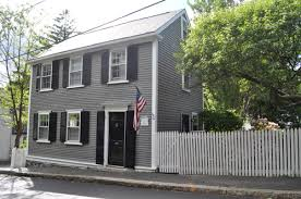 Black Shutter Gray House Black Shutters Color Scheme Hmmm I Might Just Use A