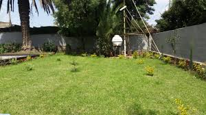 renovated bungalow house with great garden for rent in old airport