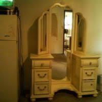 Vanity Folding Mirror Best 25 Tri Fold Mirror Ideas On Pinterest Vintage Vanity