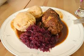 traditional german dish rouladen knö with
