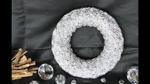 kranz basteln u2013 create a wreath u2013 kranz mit spiralen aus alufolie