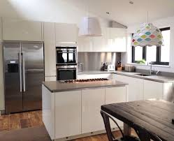 White Gloss Kitchen Ideas The 25 Best White Gloss Kitchen Ideas On Pinterest Worktop