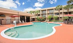 Comfort Inn Mccoy Rd Orlando Fl Days Inn U0026 Suites Orlando Airport Hotel Near International Drive