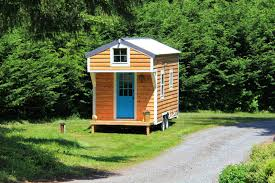 tiny homes washington blue door tiny house tiny house swoon