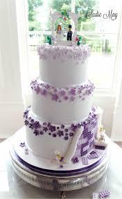 purple wedding cakes purple wedding cakes with butterflies