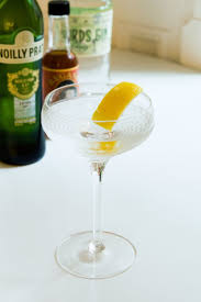 dry martini shaken not stirred the 25 best dry martini recipe ideas on pinterest dry martini