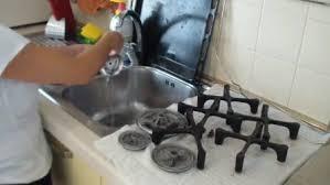 come pulire il piano cottura come pulire il piano cottura un metodo veloce e semplice