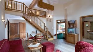 Wohnzimmer Galerie Familiensuite U203a Hotel Sonnenhof Pertisau