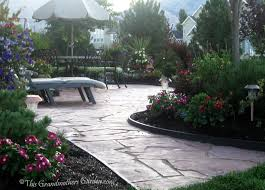 Building Flagstone Patio This Grandmother U0027s Garden You Can Build A Flagstone Patio