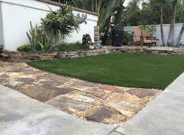 buy artificial grass for your landscape project
