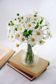 white flower centerpieces bouquet of flowers flower arrangements white flower