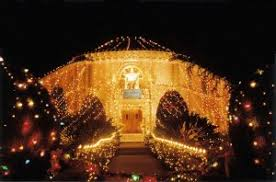 woodland hills christmas lights where to see christmas lights in los angeles town square real
