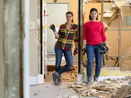 listed sisters u0027 lex and alana are back for a new season on hgtv
