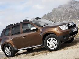 renault duster 2014 white 2014 dacia duster facelift detailed