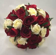 Wedding Flowers M Amp S Best 25 Rose Wedding Bouquet Ideas On Pinterest Rose Bouquet