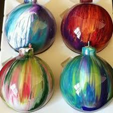 how to spray paint ornaments any color you want
