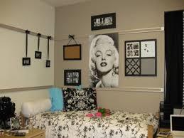 Marilyn Monroe Bedroom Ideas by Design A Dorm Room Marilyn Monroe Dorm Room Ideas Marilyn Monroe