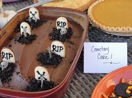 halloween cemetery cakes my twig and twine nest halloween party 2011
