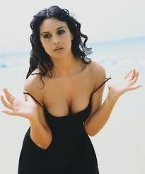 black hair for the beach super sexy monica bellucci italian actress malèna oil painting