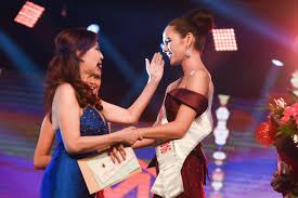 arnold vegafria receives franchise rights to miss world ph