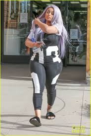 hair style giving birth blac chyna steps out days after giving birth to dream photo