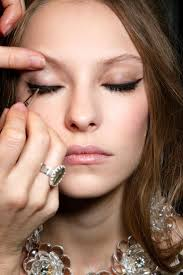 best 25 cat eye makeup tutorial ideas on pinterest cat eye