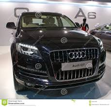 Audi Q7 Suv - an audi q7 luxury suv on display in autocar performance show in