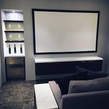 Small Tv Room Ideas Best 25 Small Media Rooms Ideas On Pinterest Traditional Media
